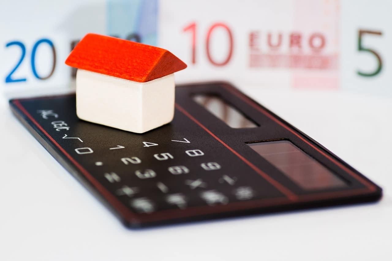 Obligación de contratar Seguro de hogar con la hipoteca Zalba Caldú