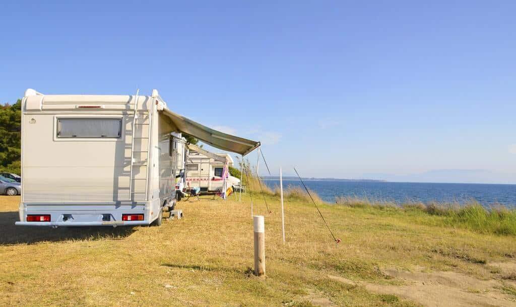 Diferencia entre acampar y estacionar